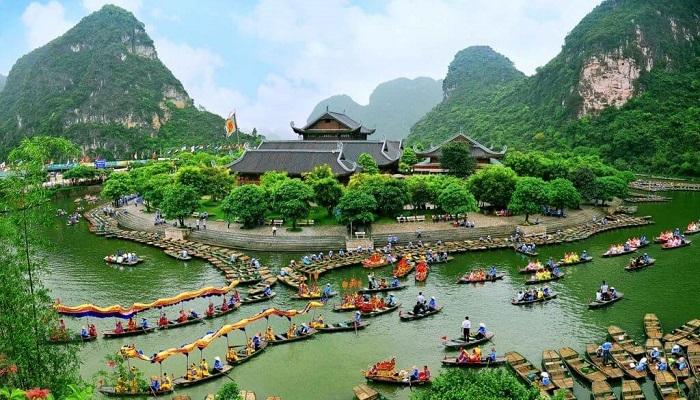 Mua Cave - Trang An - Hoa Lu